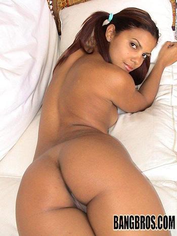 Big Tits Round Asses Solique 13